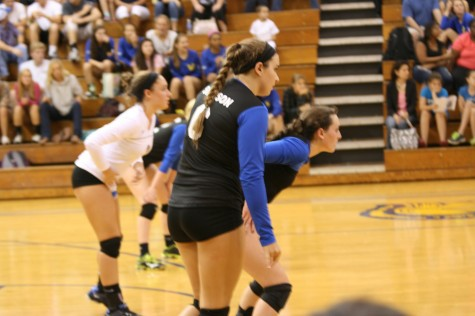 Western Volleyball Teams Dominate