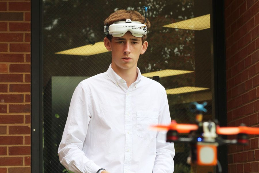Senior+Julian+Waters%2C+creator+of+the+Flying+Club%2C+often+flies+his+drone+during+breaks+in+the+school+day.