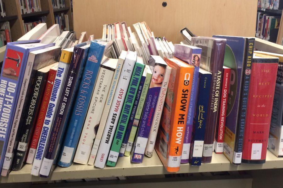 English Department Looks at Literature