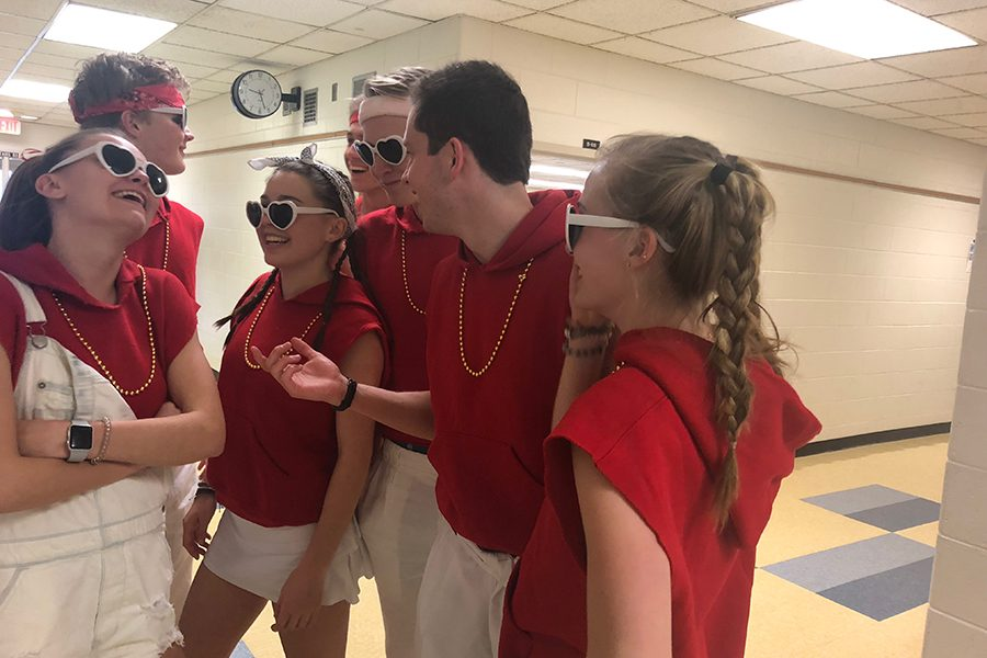 Seniors prepare to surprise an unsuspecting student with a singing valentine. (Picture from left to right) Abby Zimmerman, Charlie Reichart, Jane Romness, Teo Rampini, Johnny Riordan, Jed Strickland , and Savannah Wilson.