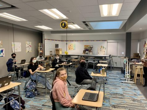 Freshmen Opt for Hybrid Learning After 7 Months of Virtual School